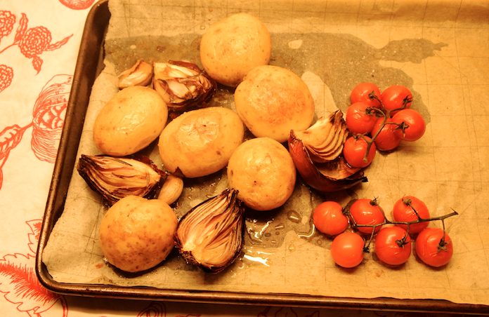 Aardappels in een goudbruin jasje uit de oven