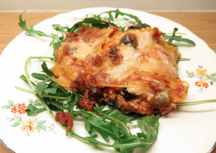 Overheerlijke lasagna zonder vlees, mét olijven